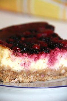 New York Cheesecake con salsa ai frutti di bosco