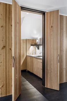 La maison de Gilles & Boissier a Biarritz «Portes fermées, la cuisine disparaît; ouvertes, on peut y préarer un repas sans se sentir isolé.» Patrick Gilles 6 | AD Magazine