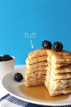 These vegan pancakes are SUPER fluffy and SUPER delicious! They are so ridiculou. CLICK Image for full details These vegan pancakes are SUPER fluffy and SUPER delicious! They are so ridiculously easy to make, you'll n. Vegan Treats, Vegan Foods, Vegan Dishes, Crepes, Vegan Recetas, Cake Vegan, Vegan Breakfast Recipes, Vegetarian Pancakes, Cookies Et Biscuits