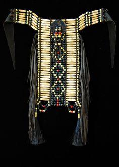 Black double lightning choker-breastplate Native American Clothing, Native American Regalia, Native American Design, Native Design, Native American Artifacts, Native American Beadwork, Native American Fashion, Native American History, Native Indian