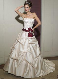Strapless Embroider Bow Sash / Ribbon Dropped Ruched Chapel Train Taffeta Wedding Dress