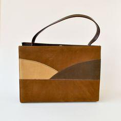 vintage 1960s purse / 60s handbag / bag mod / vintage bags / faux leather purse / vintage brown bag / Air Stride