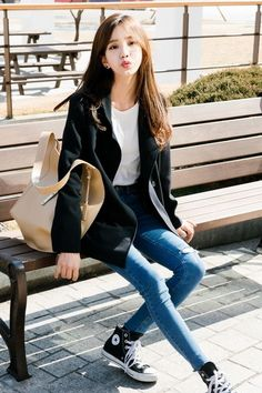 cool Korean Daily Fashion by http://www.globalfashionista.xyz/korean-fashion-styles/korean-daily-fashion-9/