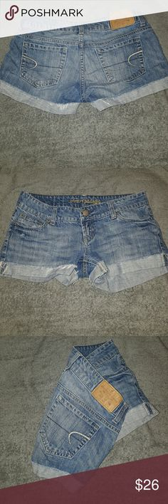 PRICE DROP! American eagle jean shorts Denim shorts, good condition. Worn a couple times but too big for me. Feel free to make an offer or ask any questions! American Eagle Outfitters Shorts Jean Shorts