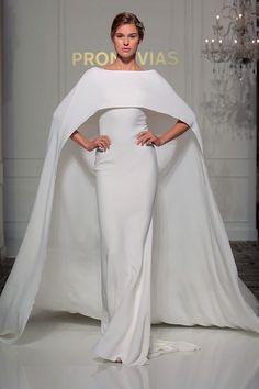 Hochzeitstrends: 13 Brautkleider - und looks für mutige Ja-Sagerinnen - STYLEBOOK.de