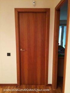 2-6-pasos-para-pintar-las-puertas-de-casa Minimal House Design, Minimal Home, Interior Barn Doors, Exterior Doors, Veneer Panels, Room Doors, Internal Doors, Diy Door, Tall Cabinet Storage