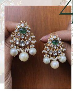 Indian Jewelry Sets, Gold Earrings Designs, Ear Rings Indian, Indian Earrings Gold, Jewelry Patterns, Bridal Jewelry, Jewelery, Jewelry Design, Fashion Jewelry