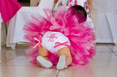 A cute and pink first birthday outfit for your baby girl #firstbirthday #party
