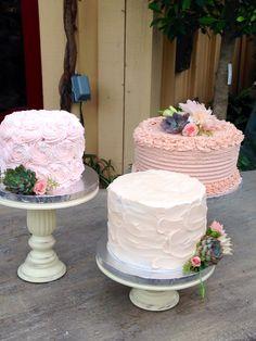 Rose & icing wedding cakes