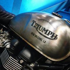 Triumph Street Scrambler, Triumph Cafe Racer, Triumph Bikes, Motorcycles, Triumph Bonneville, Super Bikes, Garages, Airbrush, Decals
