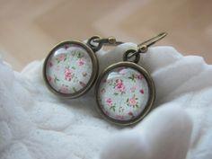 Picture earrings Green flower earrings Glass cabochon earrings Vintage style…
