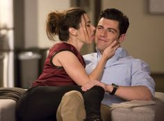 Pin for Later: TV's Sweetest, Sexiest Kisses of 2014 New Girl Abby (Linda Cardellini) gives Schmidt (Max Greenfield) . . . something weird and vaguely kiss-like.