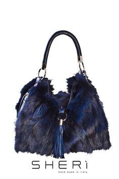 IT  1201 - Borsa pance volpe blu - Codice  512 EN  Blue fox bag - Code  512  RU  1201 - синяя сумка из лисьего меха - код  512 1dd9005676c