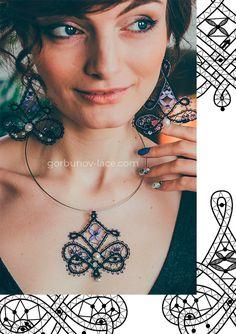 Modeles de dentelle de bijouterie Lace Jewelry, Diy Jewelry, Jewlery, Bobbin Lace Patterns, Point Lace, Needle Lace, Orient, Lace Design, Crochet Necklace