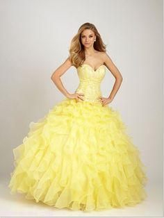 Vestido de bodas amarillo. La nueva tendencia en la novias!
