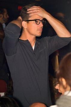 Josh Hartnett. always making simple look phenomenal.