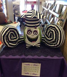 Halloween Pumpkin Decorating. No carve. Pumpkin Beetlejuice