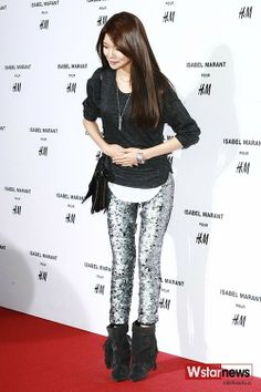 Girls' Generation Sooyoung Attended Isabel Marant for H&M Event in Seoul, Shows Unique Fashion Sense
