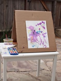 Diy Kids' Cardboard Art Easel