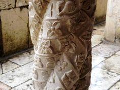 Pormenor de uma Coluna do Mosteiro dos Jerónimos, Belém, Lisboa, Portugal