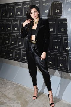 Kendall Jenner Photos - Kendall Jenner Goes out in NYC - Zimbio