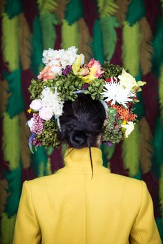 As today is women's day in most countries, I have decided to offer my self tons of flowers. 8th Of March, Photography Projects, Ladies Day, Headpiece, Studio, Flowers, Fashion, Canvases, Moda
