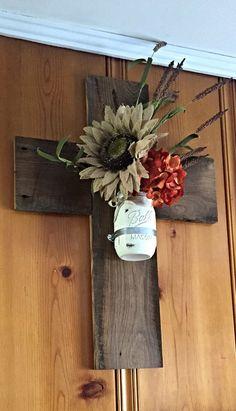 Wooden cross barnwood cross mason jar wall by thedavidsondesign Wooden Crosses, Crosses Decor, Wall Crosses, Victorian Wall Sconces, Rustic Wall Sconces, Decor Crafts, Wood Crafts, Rustic Cross, Burlap Cross