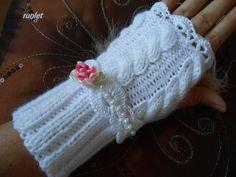 mitaines avec fleur en satin dentelle en fil phildar.). blanc . : Mitaines…