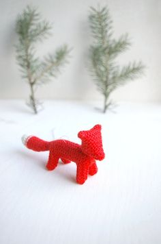 small small knitted FOX  / Christmas tree decoration