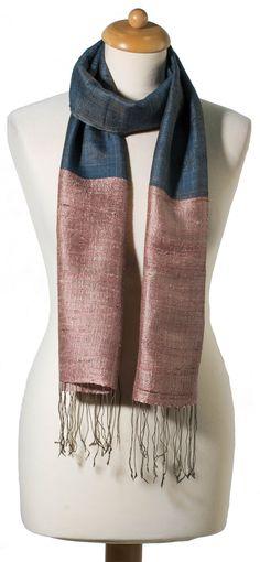 50 meilleures images du tableau foulard en soie Gucci   Gucci scarf ... 3f0e8fd7413