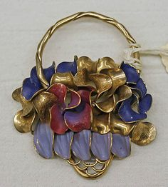 Schiaparelli pin 1930's