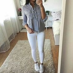 how to wear cute outfits summer outfits school outfits for teens what to wear White Jeans Outfit, Black Dress Outfits, Spring Outfits, Teen Fashion Outfits, Outfits For Teens, Fashion Clothes, Simple Outfits, Trendy Outfits, Black Leather Mini Skirt