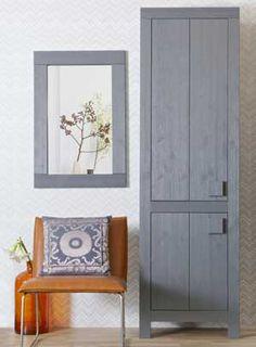 1000 id es sur le th me armoire en pin sur pinterest meuble en pin armoire et commode en pin. Black Bedroom Furniture Sets. Home Design Ideas