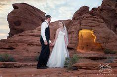 Congrats Jessica & Dallas! #valleyoffire #lasvegaswedding #desertwedding #romanticwedding #photographer