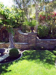 Beautiful hardscape in a Roger's Gardens Landscape design.