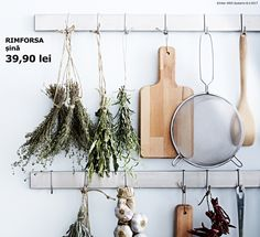8 tips for storing and using herbs and spices - IKEA Ikea Usa, Japanese Kitchen, Aromatic Herbs, Spices And Herbs, Pantry Organization, Home And Deco, Home Hacks, Lemon Grass, Create Your Own