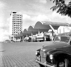 Fica em cartaz apenas até amanhã a exposição Caligrafias, em cartaz na Casa Vilanova Artigas, em Curitiba. A mostra traz desenhos originais de projetos do arquiteto paranaense João Batista Vilanova Artigas (1915-1985)