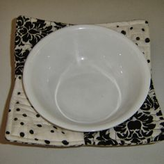 """Nannynotes2u: Spin The Pins - Microwave Bowl Holder it's hard to see in the photo but this is """"cupped"""" around the bowl.  Might be a good stocking stuffer at Xmas"""