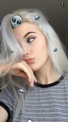 Imagem de grunge and okaysage Tumblr Selfies, Beauty Photography, Photography Aesthetic, Tmblr Girl, Teen Poses, Selfie Poses, Selfie Ideas, Grunge Hair, Aesthetic Girl