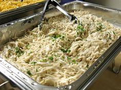 Vegan Fettuccine Alfredo by Allison Rivers Samson, owner of Allison's Gourmet, did a vegan cooking demo at PETA Oakland yesterday where she shared her famous and award-winning recipes from her 'Veganize It' column in @VegNews Magazine