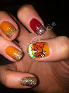 Awesome Thanksgiving Nail Art Deigns Ideas 2013 2014 4 Awesome Thanksgiving Nail Art Designs & Ideas that's cool)☺I like the turkey on her nail lol Thanksgiving Nail Designs, Thanksgiving Nails, Happy Thanksgiving, Thanksgiving Turkey, Glitter Nails, Gel Nails, Nail Nail, Brown Nail Art, Fall Nail Art Designs