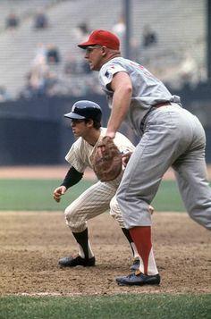 Damn Yankees, New York Yankees, Mlb Players, Baseball Players, Baseball Guys, Baseball Cards, Baseball Stuff, Baseball Photos, Yankees Pictures