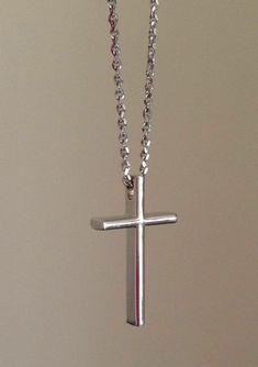 Αντρικός λευκόχρυσος Σταυρός σε μοντέρνο σχέδιο. Ιδανική επιλογή για βαφτιστικός Σταυρός για αγόρι