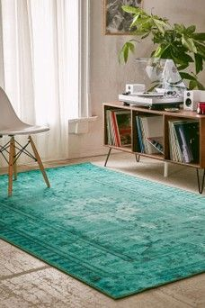 Creative Retro home decor ideas - Ingenious retro yet cozy retro decor suggestions. Retro decor wonderful example note 7287088595 generated on this day 20190823 Teal Living Rooms, Living Room Carpet, Home And Living, Living Room Decor, Dining Room, Home Decor Signs, Retro Home Decor, House Of Turquoise, Small Sofa