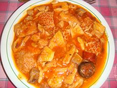 Callos a la madrileña - Madrid typical sticky casserole of veal tripe