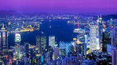 Eksoottinen Hongkong on aasialainen miljoonakaupunki, jossa yhdistyvät paitsi lukuisat kulttuurit ja kiehtova historia myös moderni teknologia ja sen mukanaan tuomat nykypäivän ihmeet. Vilkkaiden katujen, suurten ostoskeskusten ja vilkkuvien värivalojen ohella kaupungista löytyy runsaasti vehreitä puistoja ja luonnonmaisemia, jotka häikäisevät kauneudellaan ja ainutlaatuisuudellaan. #Hongkong #Kiina #China