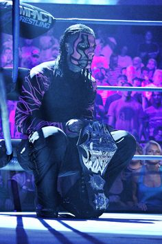 "TNA World Heavyweight Champion Jeff Hardy (""Immortal"" belt design) Wrestling Superstars, Wrestling Wwe, Jeff Hardy Willow, The Hardy Boyz, Lucha Underground, Wwe Tna, Wwe Wrestlers, Professional Wrestling, Wwe Divas"