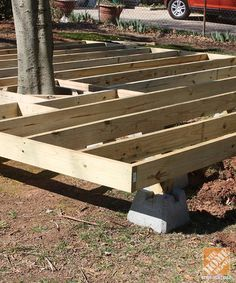 Tips and Ideas on How To Build a Floating Deck----this is the kind of deck for the Houmas Plantation Garden!!!! .