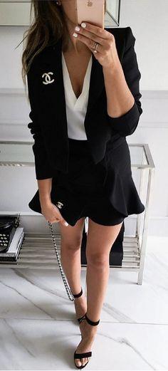 fashion trends | blazer + shorts + white top + bag + heels