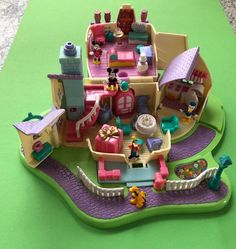 Polly Pocket Mickey Mouse House